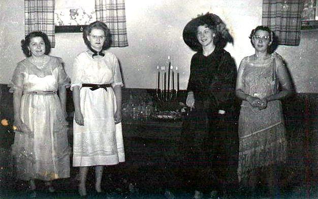 35th Anniversary Hostesses